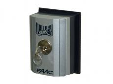 фото FAAC T10E Ключ-выключатель накладной